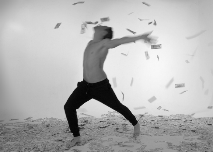 700x500-MONEY-DANCE