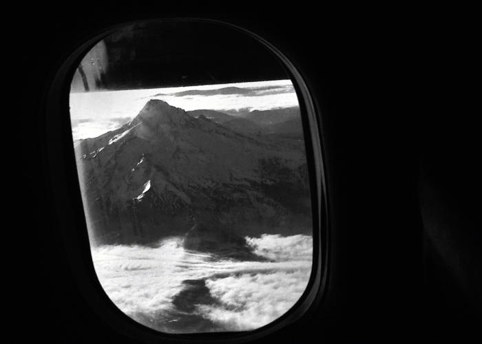In-Plane-English_Still-700